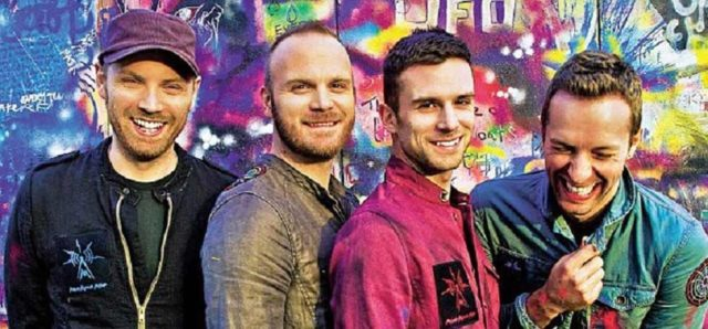 """Aulas de piano para iniciantes do site Ooops: como tocar """"Fix You"""", da Coldplay"""